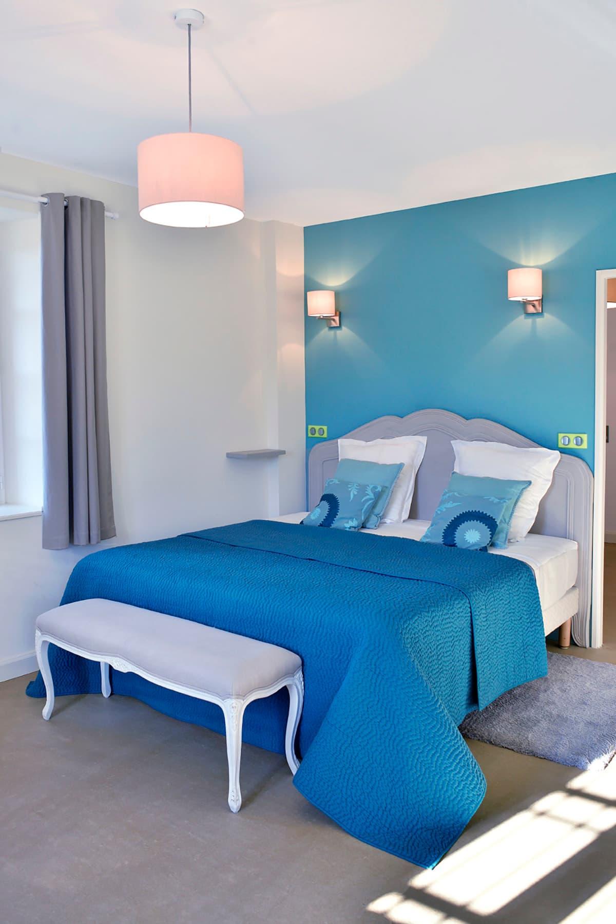Gîtes de Fontfroide : galerie-photo-chambre-bleue